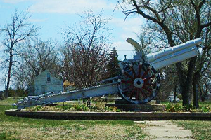 Bloomington City Park  German WWII 155mm Howitzer Cannon